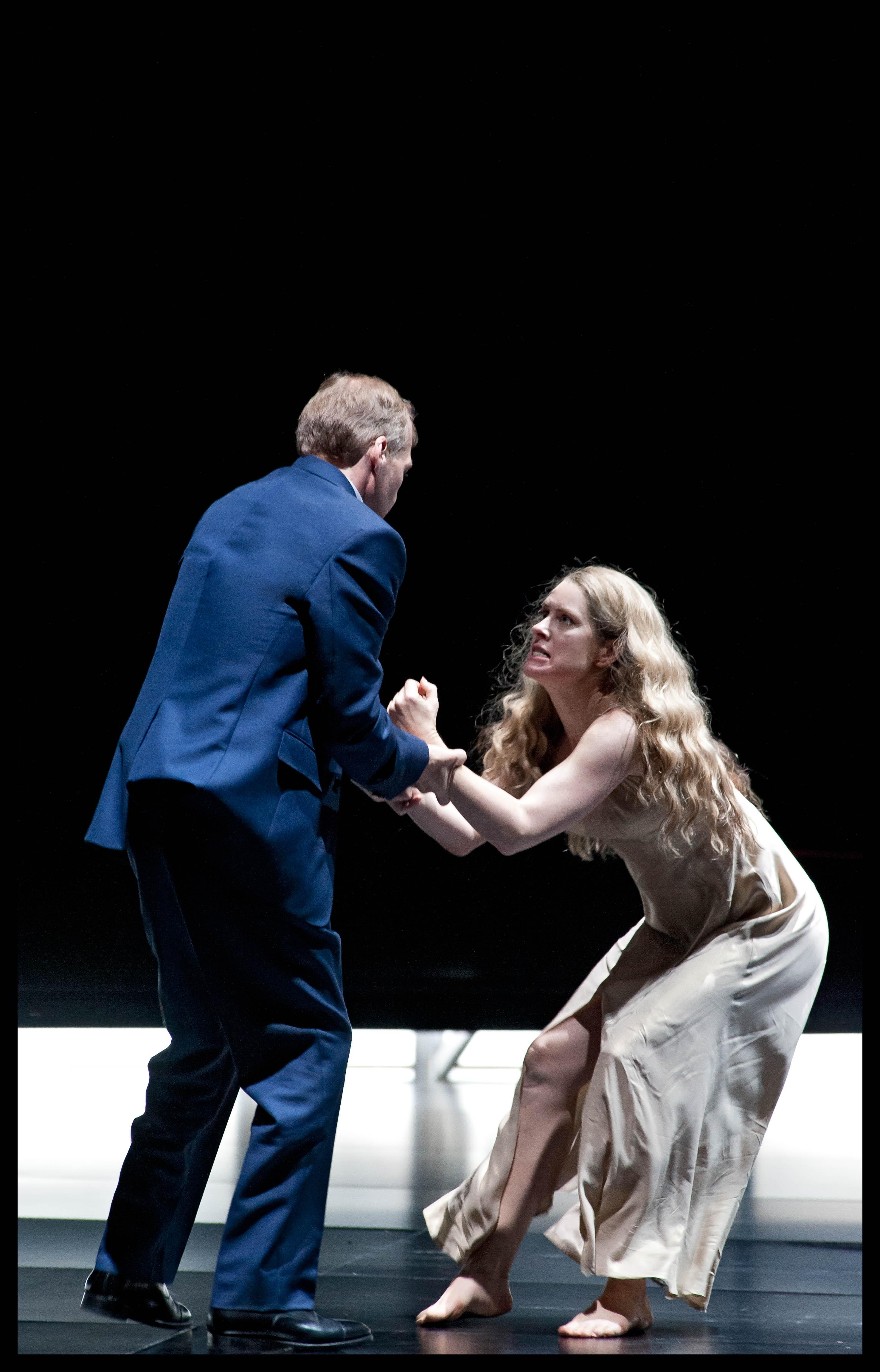 Malin Byström (Salome) & Lance Ryan (Herodes)