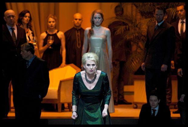 Doris Soffel (Herodias), Malin Byström (Salome), Lance Ryan (Herodes)
