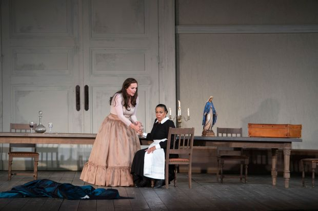 Leonora (Eva-Maria Westbroek) & Curra (Roberta Alexander)