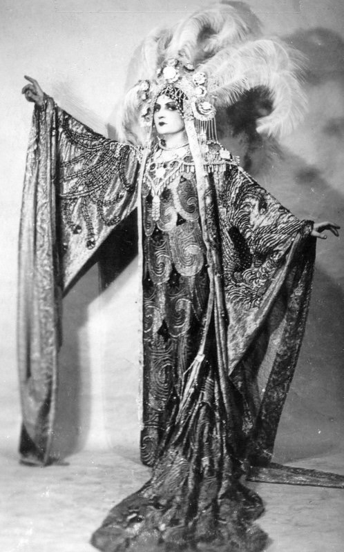 Rosa_Raisa_as_Turandot,_1926
