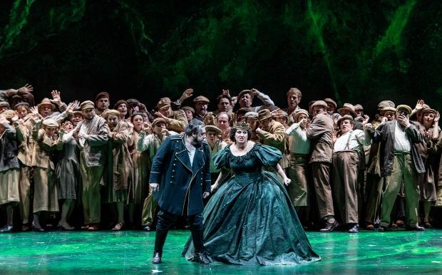 Nabucco - De Nationale Opera ©Martin Walz 1920-009